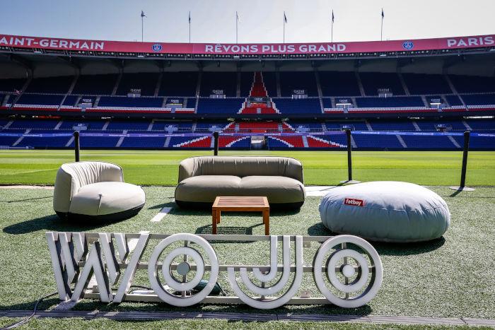 Wojo s'est installé des espaces de travail éphémères au Parc des Princes début septembre. (c) Teampics