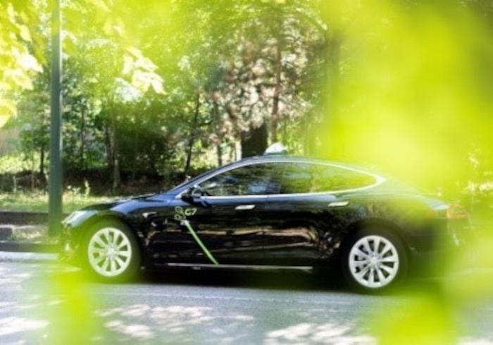 La flotte de taxis G7 est constituée pour moitié de véhicules à faibles émissions.